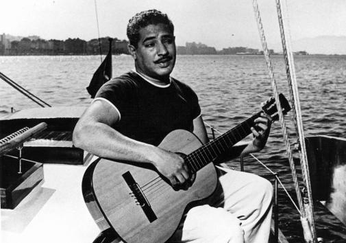 O violão e o mar
