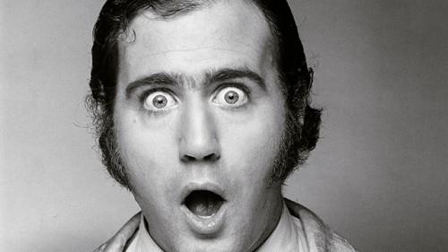 Morre Andy Kaufman (ou não!)