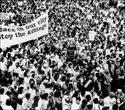 """""""Marcha pela Paz"""" reúne milhares de pessoas na Cidade do Cabo"""