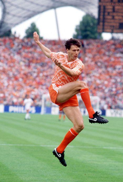 Marco Van Basten, 50 anos