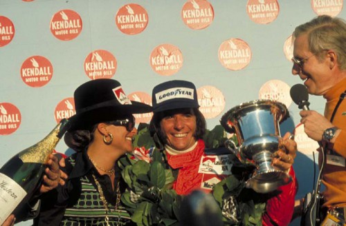 Emerson Fittipaldi é bicampeão mundial de F1
