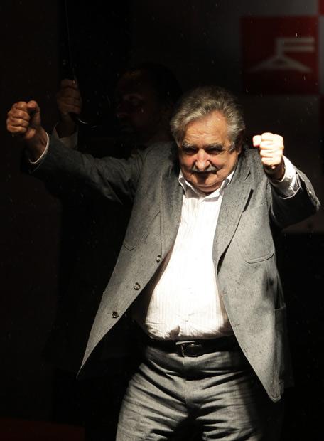 José Mujica é eleito presidente do Uruguai