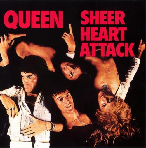 Queen lança o terceiro álbum