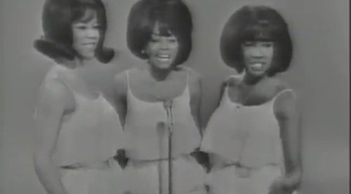 The Supremes estréiam no Ed Sullivan Show