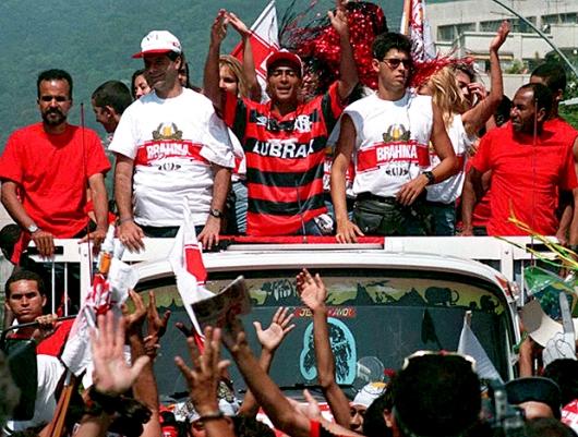 Romário para o Rio na chegada ao Flamengo