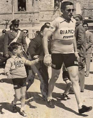 Coppi foi eleito o esportista do século XX na Itália