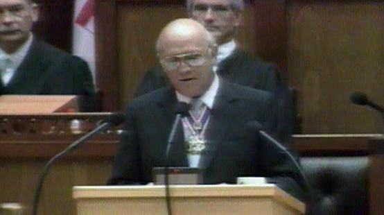 De Klerk legaliza CNA e abre caminho para libertação de Mandela