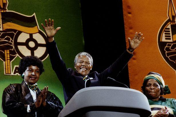 Mandela comanda show antiapartheid em Wembley