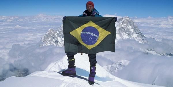 Brasileiros chegam ao topo do Everest pela 1ª vez
