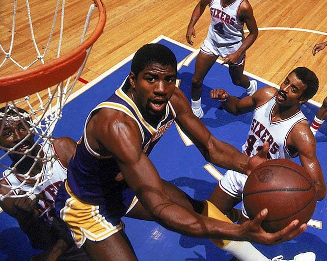 Magic Johnson leva os Lakers ao 7º título da NBA