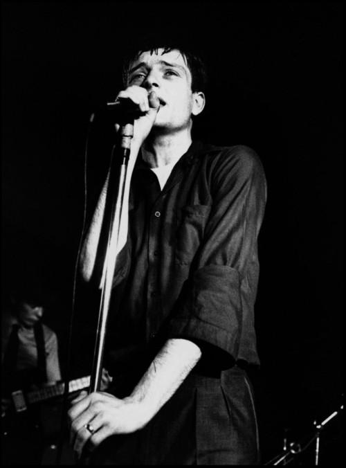 O suicídio de Ian Curtis