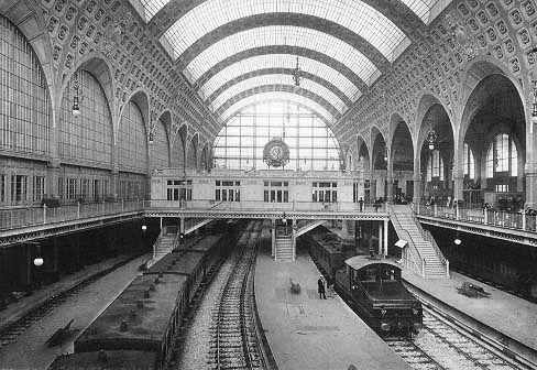 Gare d'Orsay é inaugurada em Paris
