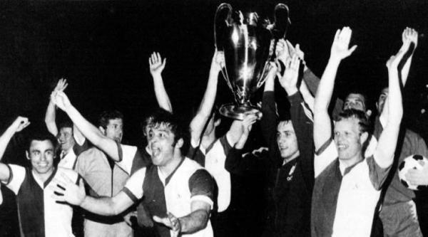 Feyenoord é campeão da Europa