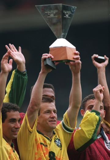 Brasil vence Inglaterra e conquista a Copa Umbro