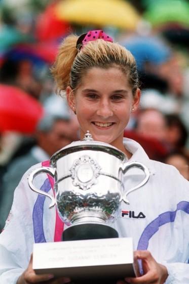 Monica Seles conquista Roland Garros, seu 1º Grand Slam