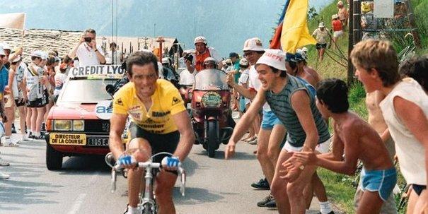 Bernard Hinault vence Tour de France pela 5ª e última vez
