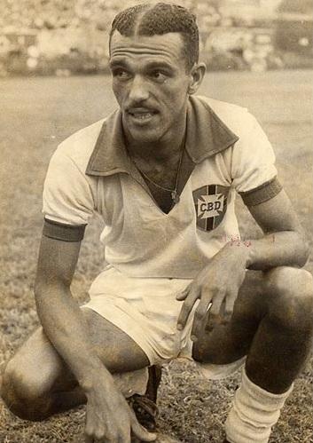 Morre o ex-jogador Jair Rosa Pinto