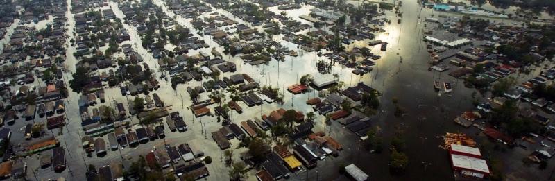 Furacão Katrina provoca destruição em New Orleans