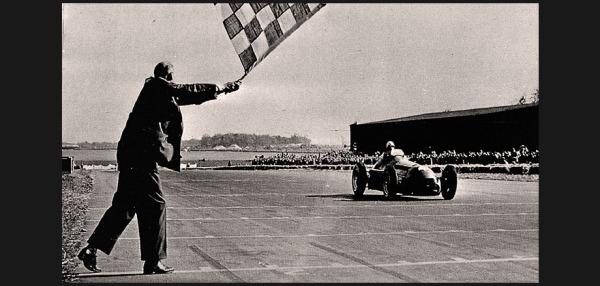 Nino Farina é o primeiro campeão da Fórmula 1