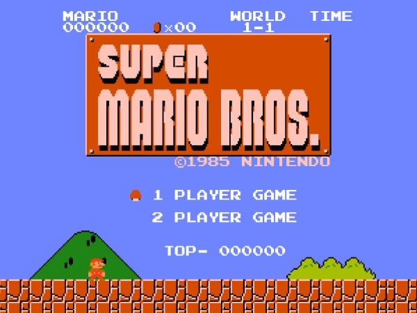 Super Mario Bros. é lançado no Japão