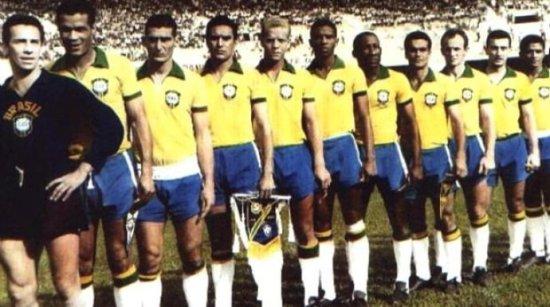 Palmeiras é Brasil e vence Uruguai no Mineirão