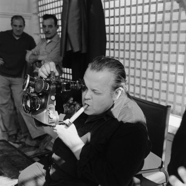 Morre o cineasta Orson Welles