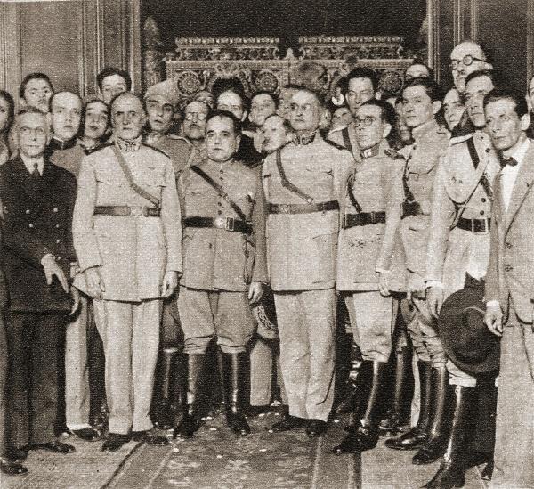 Getúlio Vargas toma posse como chefe do Governo Provisório