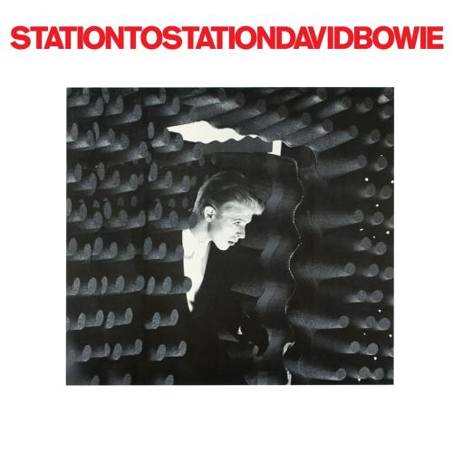 David Bowie lança o álbum Station to Station