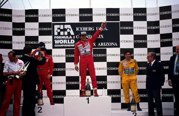 Senna inicia temporada do tri com vitória nos EUA