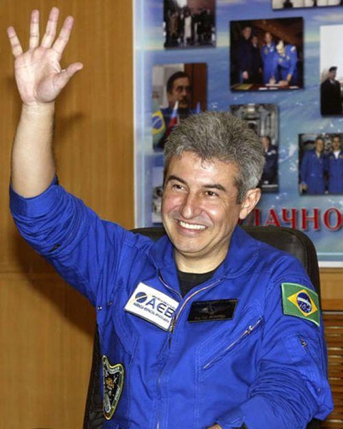 Marcos Pontes se torna o primeiro brasileiro no Espaço