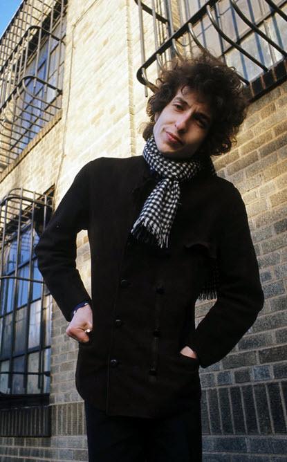 "Bob Dylan grava ""Just Like a Woman"""