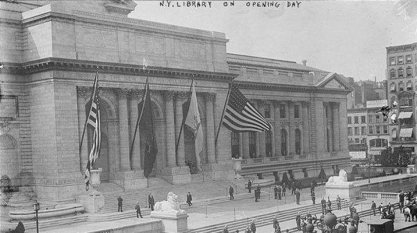 Biblioteca de Nova York é inaugurada