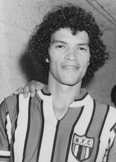 Com 7 de Sócrates, Botafogo-SP aplica maior goleada de sua História