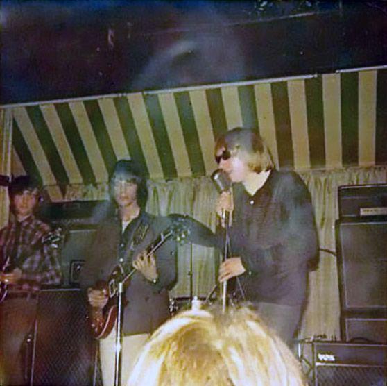 Jimmy Page faz seu primeiro show com os Yardbirds
