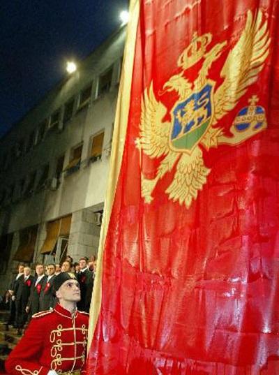 Montenegro declara independência da Sérvia