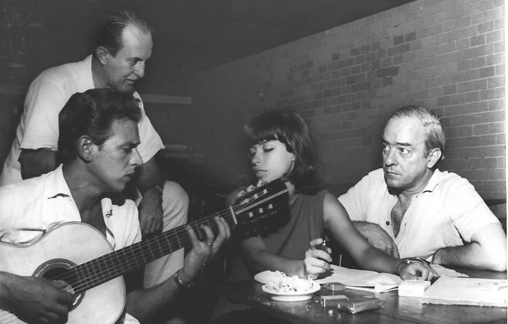Lyra e Vinicius, com Aloysio de Oliveira e Nara Leão
