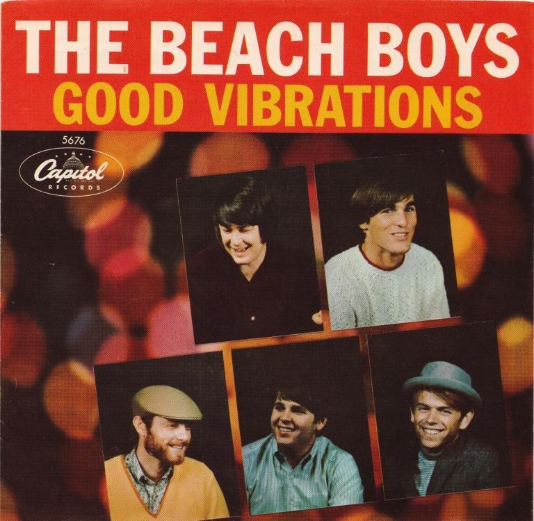 """Beach Boys lançam """"Good Vibrations"""""""