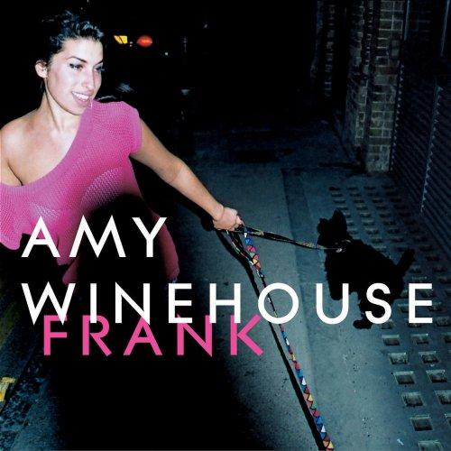 Amy Winehouse lança o primeiro disco