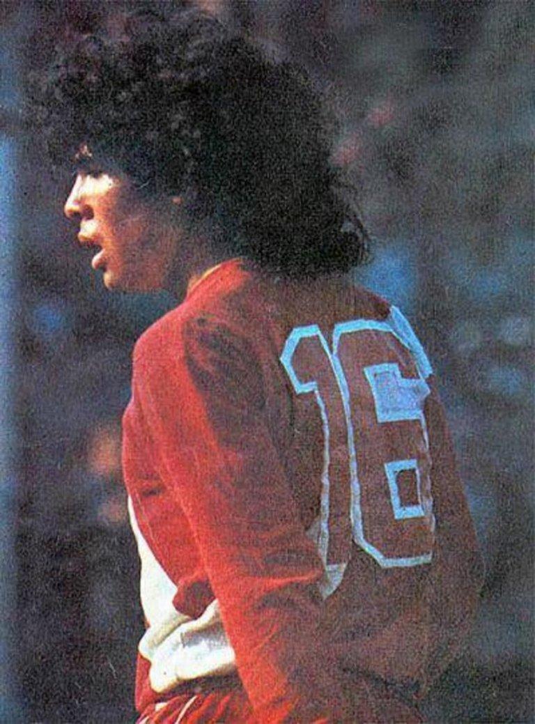 A estreia de Diego Armando Maradona
