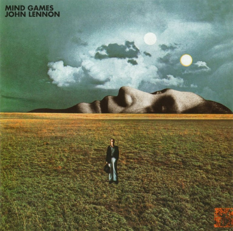 John Lennon lança Mind Games