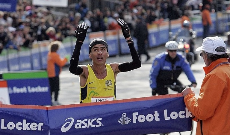 Marilson dos Santos vence a Maratona de Nova York