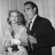 Dorothy Malone e Anthony Quinn