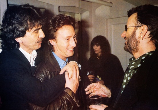 No backstage, com Julian Lennon e Ringo