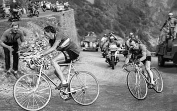 No Alpe d'Huez, com Jure Robic